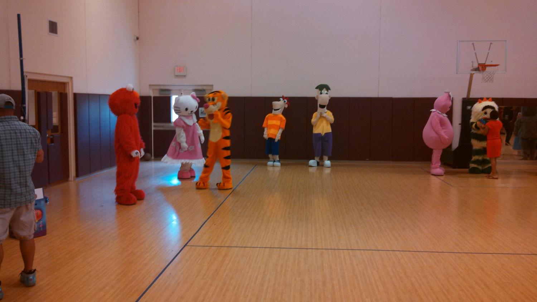 April_2014_Disney-Characters-Meet-Greet_Hinesville_GA_image4