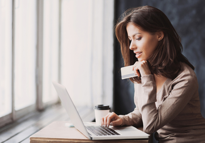 Debit Cards – The Benefits and Drawbacks