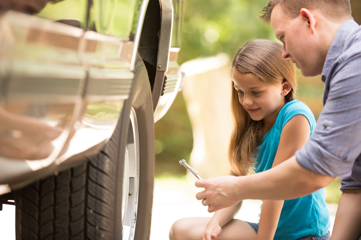 5 Easy Car Repairs You Can Do Yourself