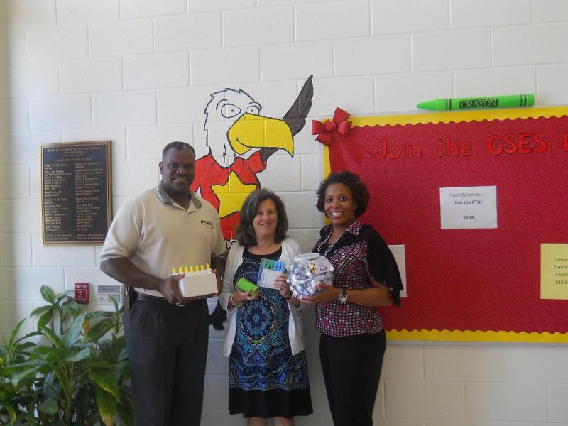 Newport News Omni Office Presents School Supplies