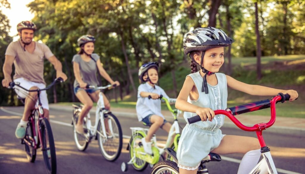 6 Free Outdoor Family Activities