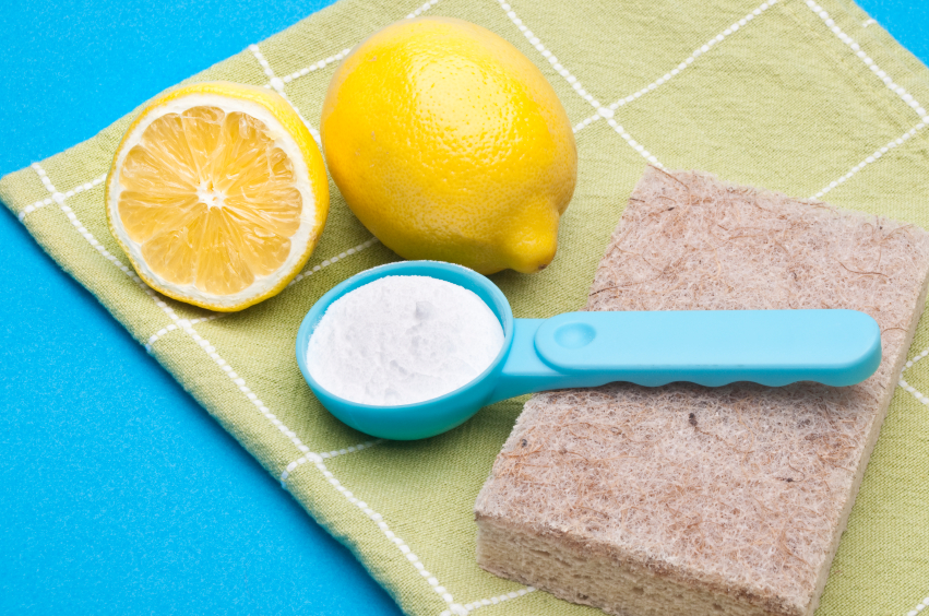 6  Simple DIY Cleaning Supplies