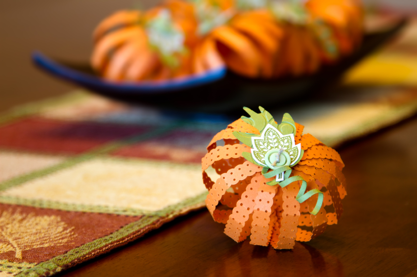 10 Easy Thanksgiving Crafts & Snacks