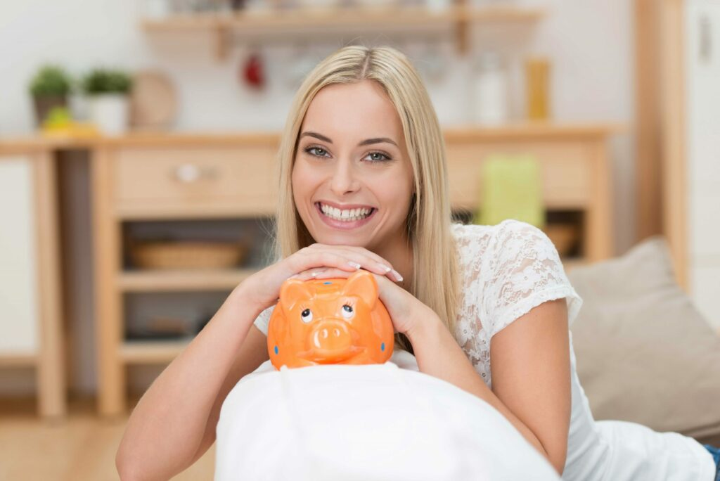 6 expert tips for saving money while in the military